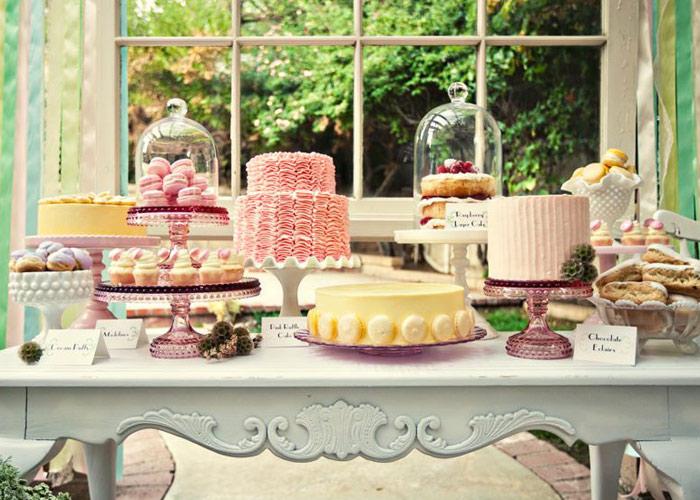 Pretty pedestals for Pretty cake stands