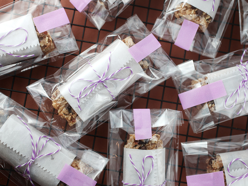 Grab and Go Breakfast Bars | Bakerella | Bloglovin'