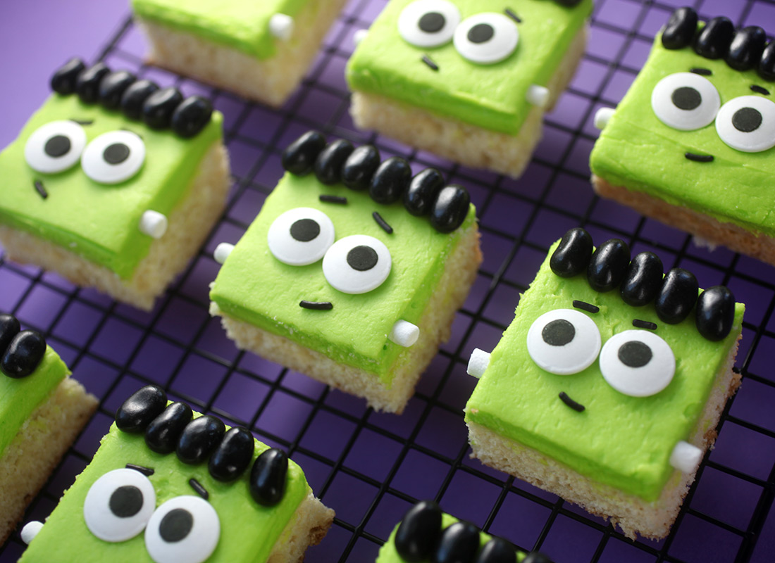 Halloween Sugar Cookie Bars