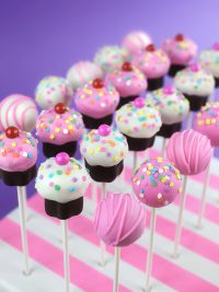 Cake and Cupcake Pops