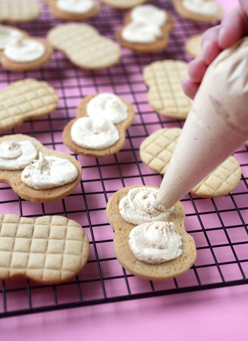 Piping Peanut Butter Cream
