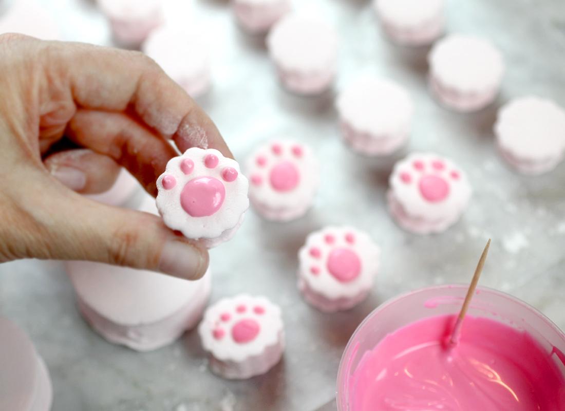 Marshmallow paws