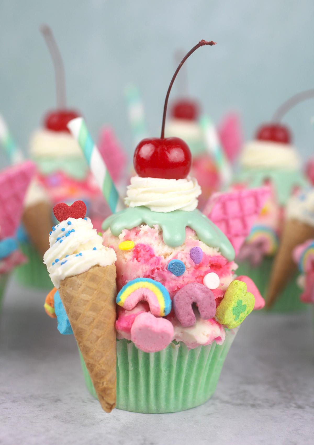 Sundae Fundae Cupcakes