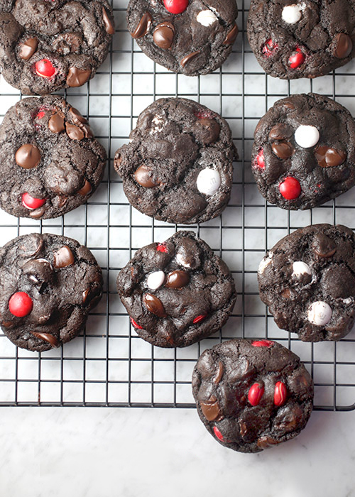 Chocolate Peppermint Cookies | Bakerella