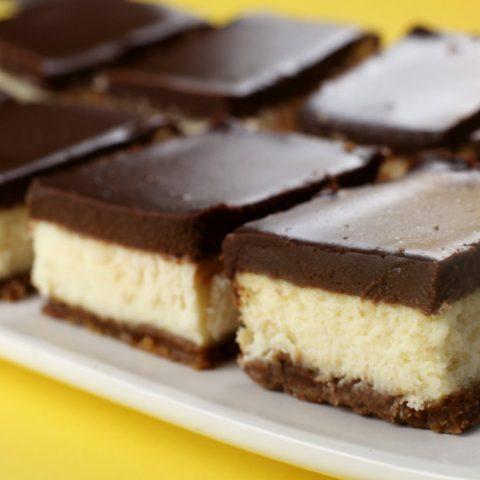 Chocolate Biscoff Cheesecake Bars